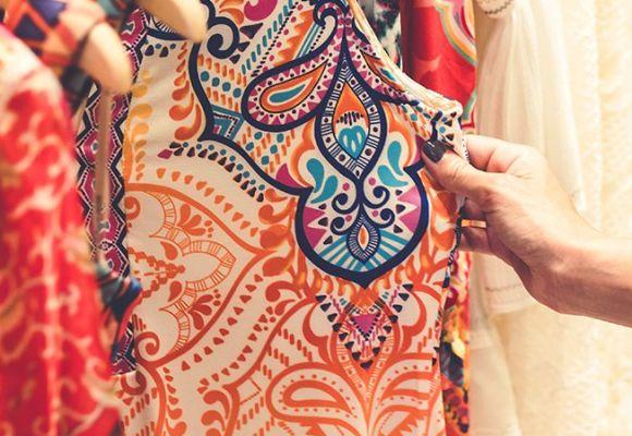 Bien choisir ses Vêtements de Grande Taille originaux : le mini-guide pour les femmes qui ont une silhouette grande et forte.